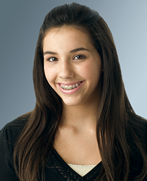 Picture of a smiling teenage girl